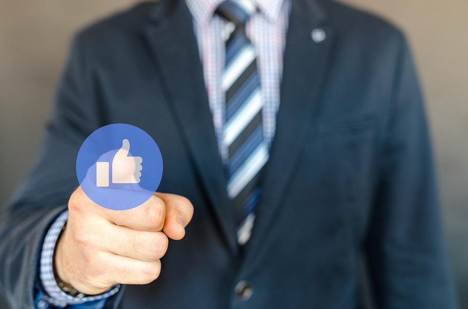 Consigli per l'acquisizione di Fan su Facebook