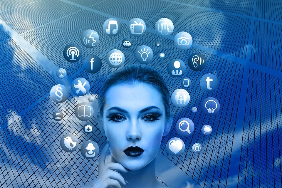 Come si realizza una social media strategy di successo? Ecco gli 8 step