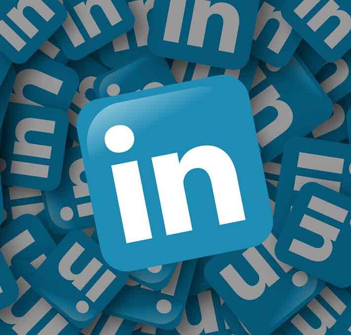 curare profilo Linkedin